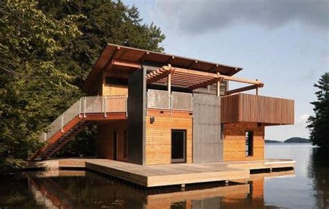 casas de co en madera casa de madera flotante de dise 241 o casas de madera