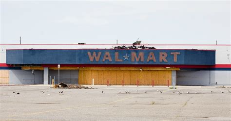 what time is walmart closing for with 269 stores closing is this the beginning of the end