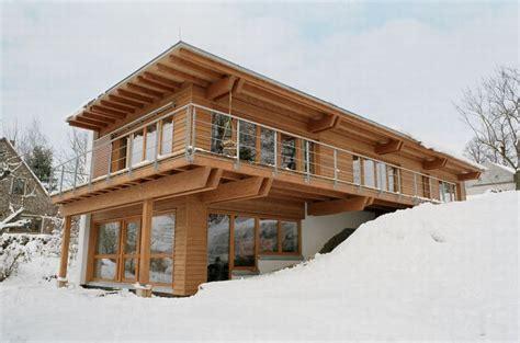 passive house buildings passive house casas de montana casas conteiner casa en cerro