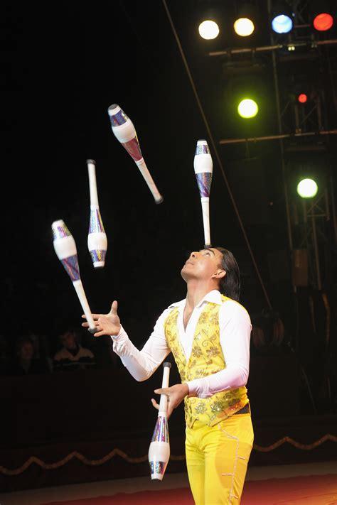 imagenes de kevin flores comedia comunicaci 243 n media 183 gran circo de navidad de