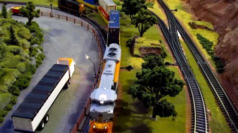 train layout videos youtube amazing model train layout ho dcc 7 locomotives running hd