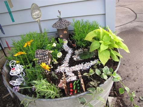 Garden Accessories Canada 7 Best Images About Theme Miniature Garden