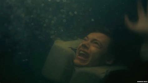 dunkirk bbc film one direction fans fear for harry styles survival in