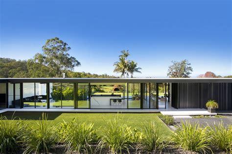 glasshouse in noosa e architect