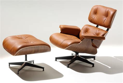 Iconic Lounge Chairs Design Ideas 10 Iconic Lounge Chairs With Footstools