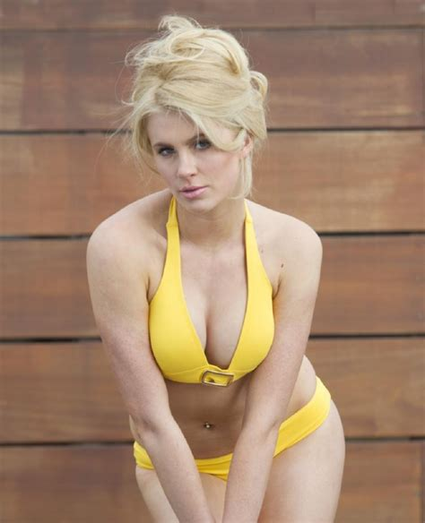 imagenes hot kim basinger ireland baldwin is the sexy daughter of kim basinger and