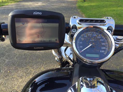 Motorrad Navigation Harley garmin zumo navi am motorrad lenker einer harley davidson