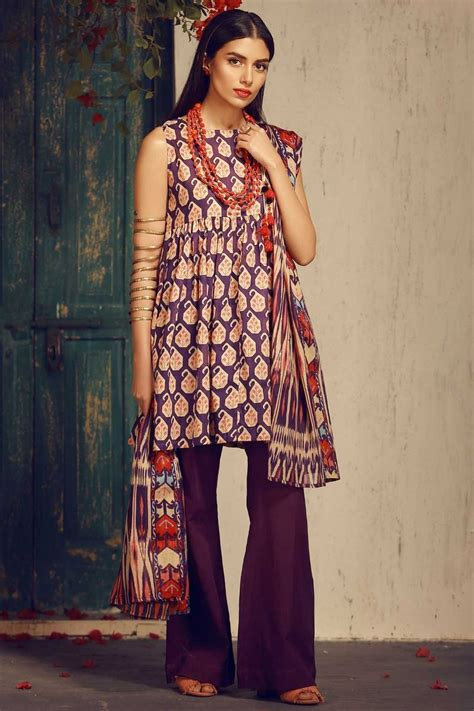 design fashion news khaadi latest summer lawn dresses designs collection 2018 2019
