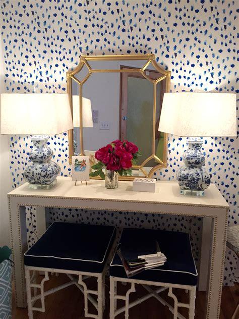 giraffe wallpaper for bedrooms treat yo self society social effortless style blog