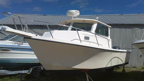 used parker boats for sale in maine 2005 used parker 2520 xl pilothouse boat for sale