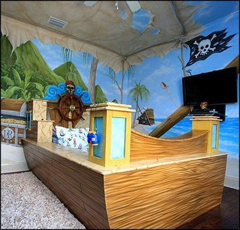 pirate bedroom furniture 25 best pirate bedroom decor ideas on pinterest pirate