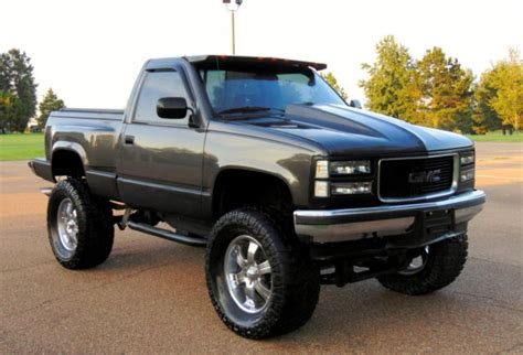 small engine maintenance and repair 1992 gmc 3500 club coupe regenerative braking chevy 4x4 z71 1500 truck supercharged alum heads motor nv4500 trans 9 quot lift 38 quot s classic