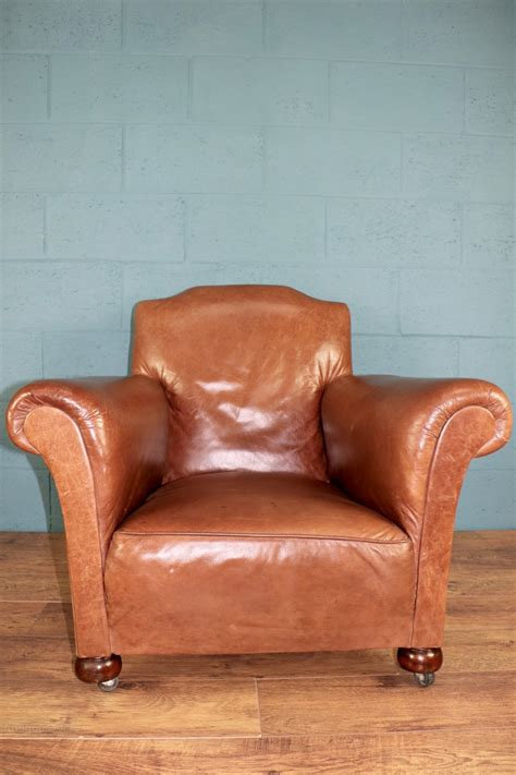 leather club armchair 1930s leather club chair antiques atlas