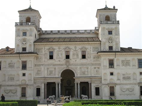 Medici House by Photo