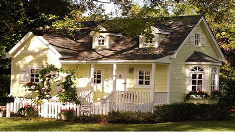 tiny cottage house quaint cottage house plans