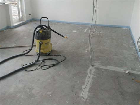 fliesen randstreifen fuboden betonoptik fr den wohnbereich das bad oder den