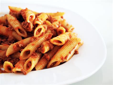 best pasta for bolognese sauce best bolognese pasta z cooking