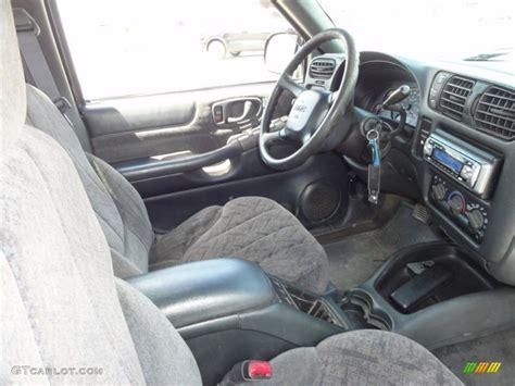 gmc sonoma interior graphite interior 1999 gmc sonoma sls regular cab 4x4