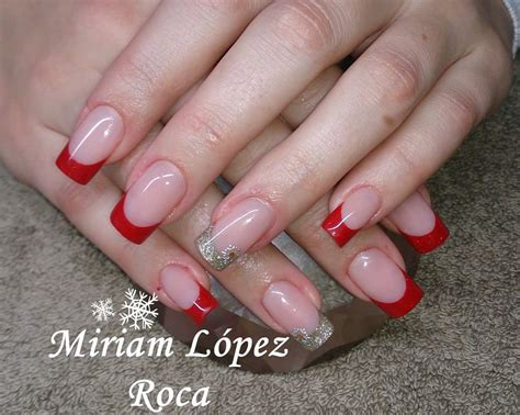 imagenes de uñas acrilicas en color rojo rojo y dorado miriam dream nails