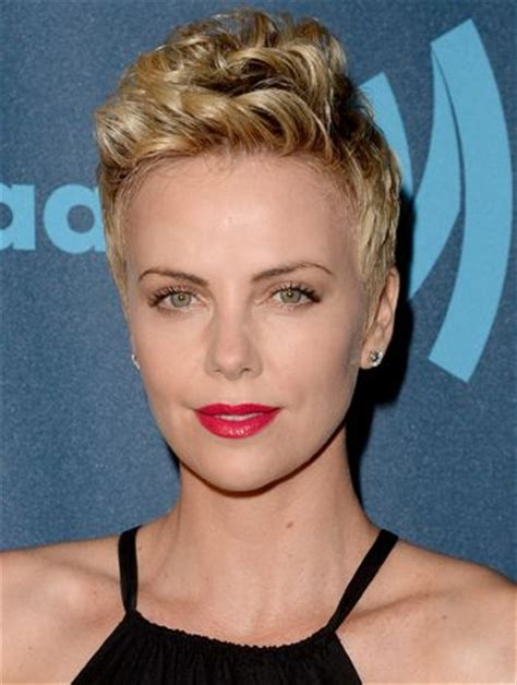 celebrity hairstyles that fit a raoundish head 17 best images about charlize theron hairstyles on