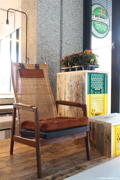 Milk Crate Furniture by 1000 Ideas About Milk Crate Furniture On