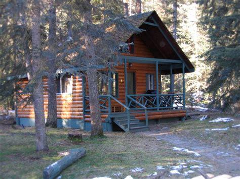Cabins Near Cedar Point by Photo Gallery 171 Mount Robson Inn
