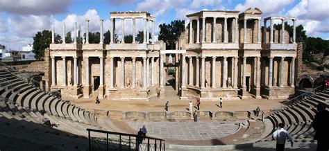 espaa romana roman file merida roman theatre1 jpg wikipedia