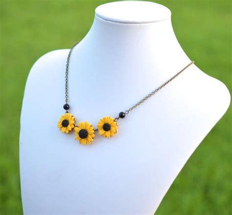 collane di fiori oltre 20 migliori idee su collana di fiori su