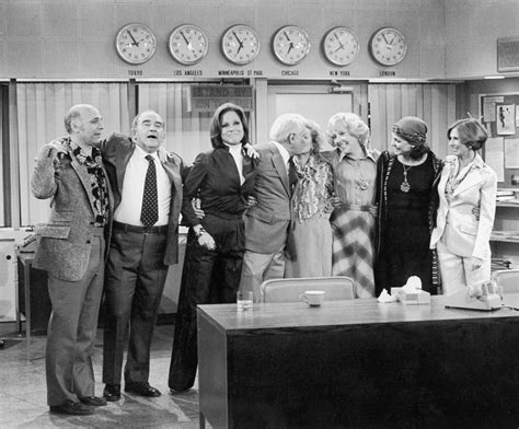 25 best ideas about mary tyler moore show on pinterest mary tyler moore