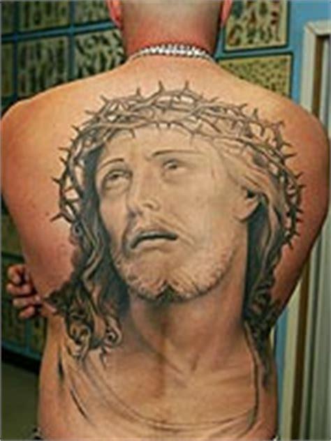 tattoo escrito jesus cristo tatuagem de jesus cristo desenhos de tattoos