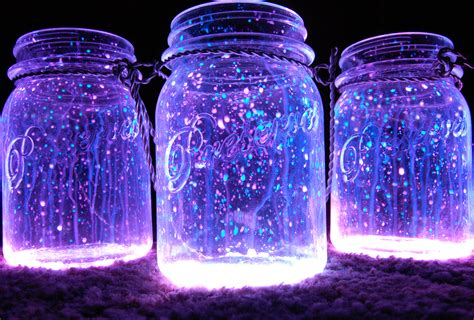 diy glow jars glow sticks happilynesting