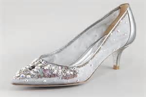 wedding shoes kitten heel beautiful wedding shoes for brides silver with kitten heel onewed