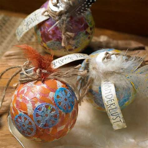Decoupage Ornaments - how to make these stunning decoupage ornaments