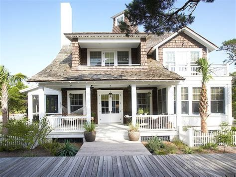 cottage style homes exteriors beach house exterior cute beach house exterior coastal