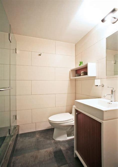 big white bathroom tiles 家庭小厕所装修效果图 土巴兔装修效果图