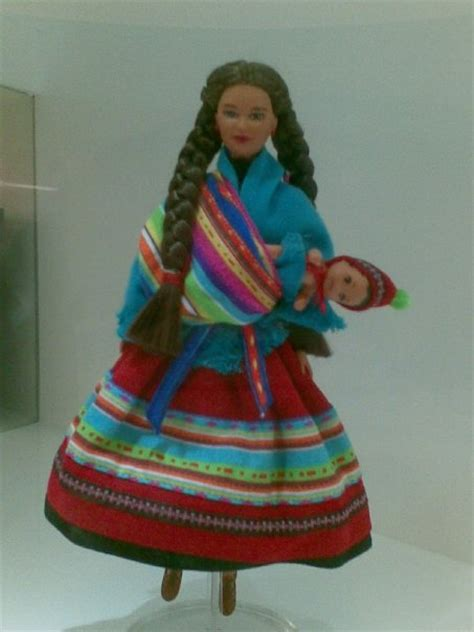 fashion doll carrying craze