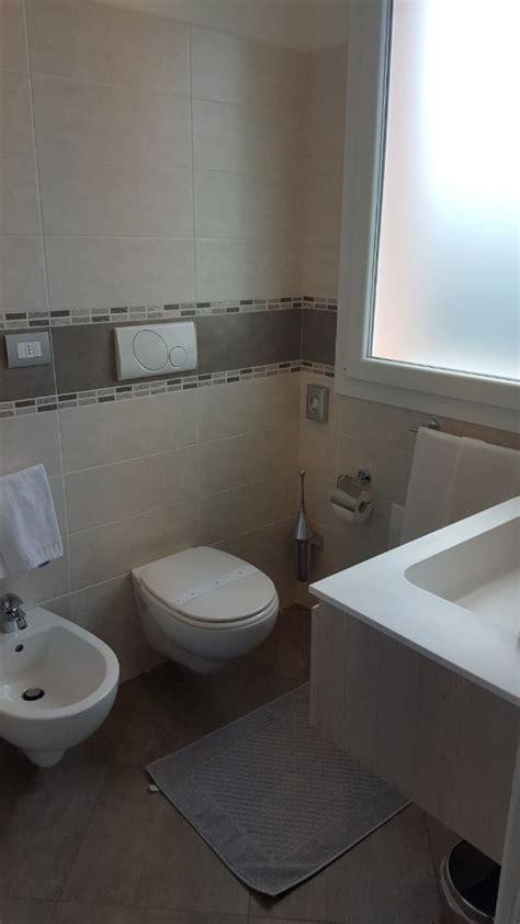 bella bathrooms reviews hotel bella lazise updated 2017 inn reviews price