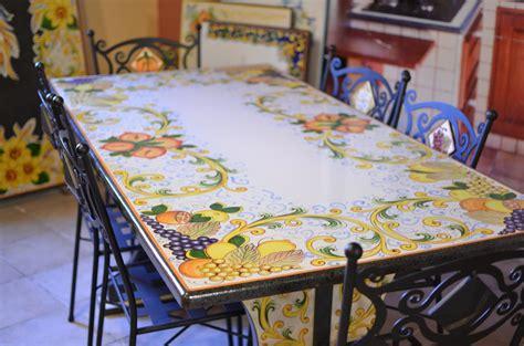 tavolo in muratura cu ce mur cucine in muratura prefabbricata cu ce mur