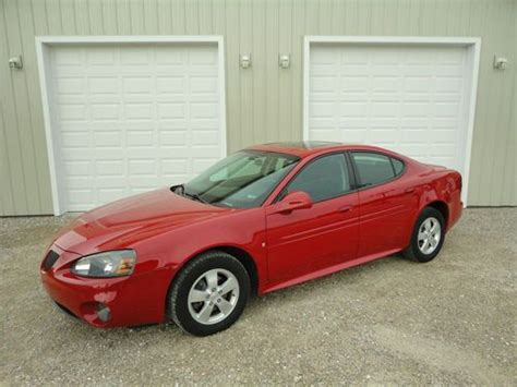 2008 pontiac grand prix used cars for sale featuredcars com buy used 2008 pontiac grand prix sedan 4 door 3 8l red w sunroof in hilbert wisconsin united