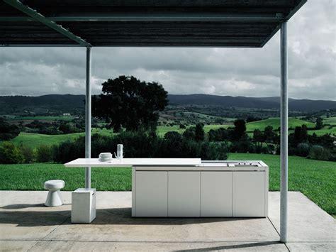 Corian Grill Design by Corian 174 Outdoor Kitchen K2 Outdoor By Boffi Design Norbert