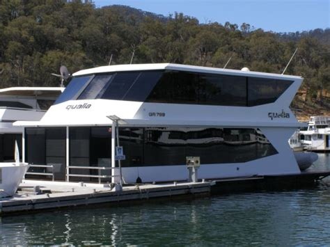 house boat sales quot qualia quot sold by hchs high country houseboat sales eildon high country houseboat sales eildon