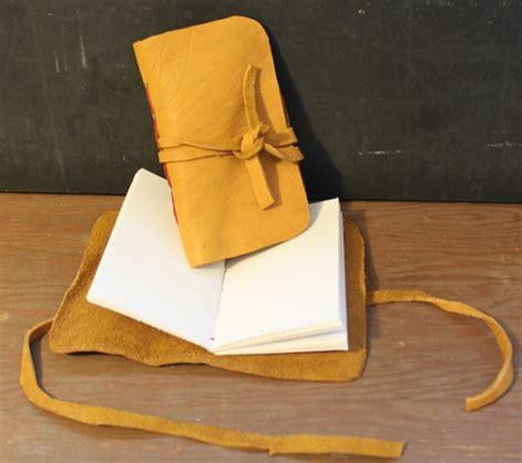 Buku Anak Fantasteen Diary Of March The cara membuat buku diary handmade dari kain