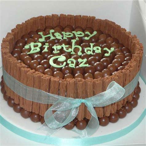 decorar tartas facil ideas para decorar una tarta de cumplea 241 os con maltesers