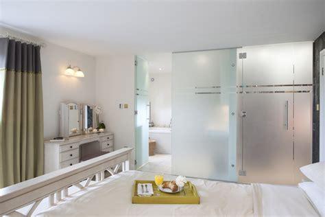 closet door ideas for bedrooms closet door ideas for bedrooms family room farmhouse with none beeyoutifullife com