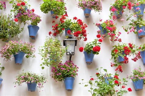 wall garden ideas the 50 best vertical garden ideas and designs for 2017