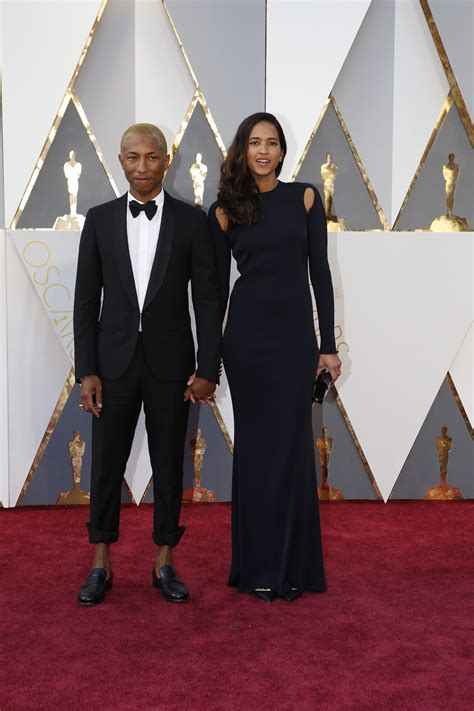 Oscars More Dress News by Carpet Couples 2016 Legend Chrissy Teigen And