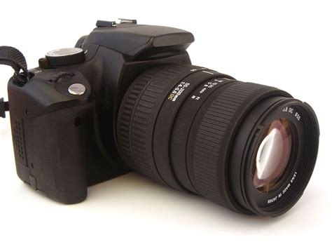dslr zoom free dslr with zoom lens stock photo freeimages