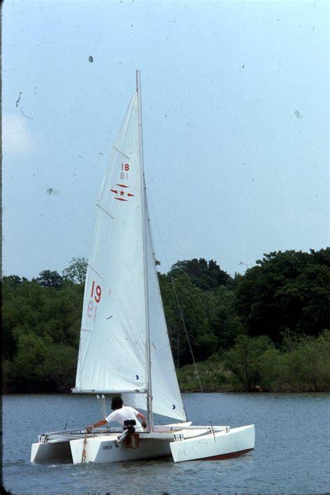 trimaran under sail recalling the horstman tristar 18 trimaran small trimarans