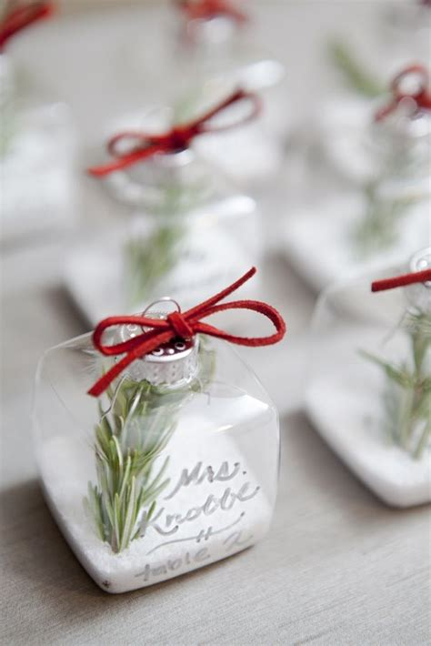 lovely budget friendly diy christmas place cards