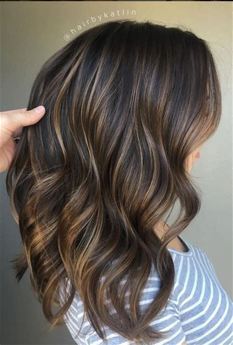 pictures of blended lowlights and highlights perfectly blended brunette balayage highlights hair